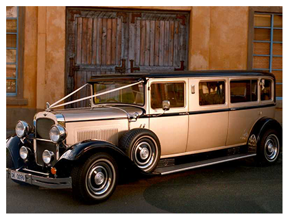 1929 Dodge Limo Silver and Black - 7 Passengers
